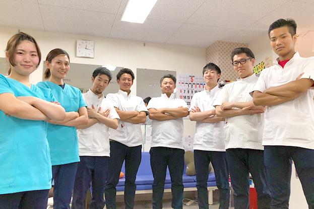 スタッフ写真|くりた鍼灸整骨院 久米院